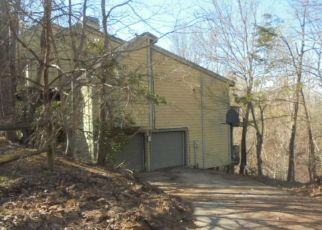 Foreclosed Home in Greenville 29609 OLD ALTAMONT RIDGE RD - Property ID: 4408624507