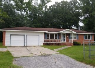 Foreclosed Home in Kingstree 29556 THORNE AVE - Property ID: 4408626260