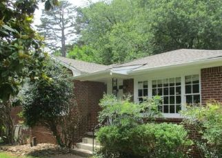 Foreclosed Home in Avondale Estates 30002 WILTSHIRE DR - Property ID: 4408634137