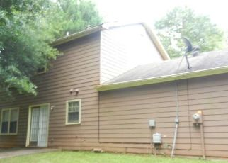 Foreclosed Home in Ellenwood 30294 DERBY COUNTRY DR - Property ID: 4408649924