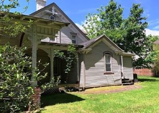 Foreclosed Home in Livingston 07039 W MOUNT PLEASANT AVE - Property ID: 4408690648