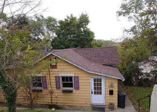Foreclosed Home in Pittsburgh 15235 CALVIN ST - Property ID: 4408697654
