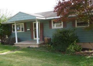 Foreclosed Home in Keyser 26726 WOODLAND LN - Property ID: 4408711223