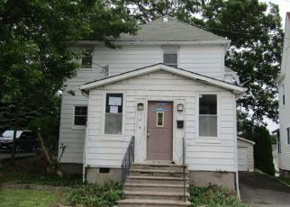 Foreclosed Home in Highland Falls 10928 LAKE ST - Property ID: 4408826867