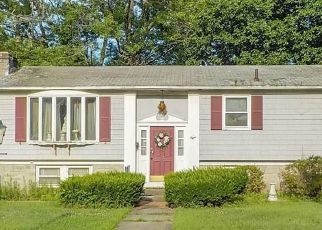 Foreclosed Home in Johnston 02919 HARGREAVES ST - Property ID: 4408828158