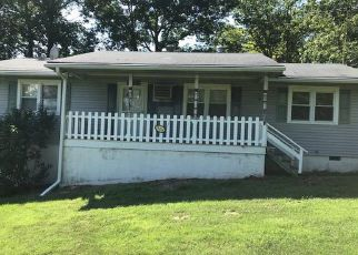 Foreclosed Home in Culpeper 22701 SCANTLIN MOUNTAIN RD - Property ID: 4408842180
