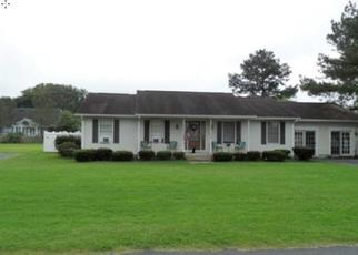 Foreclosed Home in Milford 19963 ADAMS DR - Property ID: 4408853123