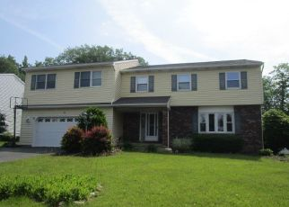 Foreclosed Home in Schenectady 12309 GLENMORE DR - Property ID: 4408886418