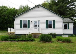 Foreclosed Home in Lincoln 04457 TAYLOR ST - Property ID: 4408887292
