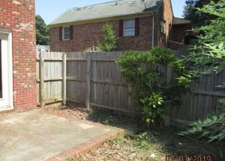 Foreclosed Home in Newport News 23608 HUSTINGS LN - Property ID: 4408914896