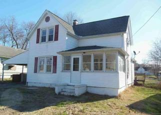 Foreclosed Home in Carrier Mills 62917 N MILL ST - Property ID: 4408936344