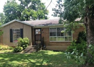 Foreclosed Home in Campbellsville 42718 CANDACE ST - Property ID: 4408940732