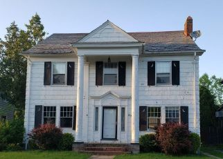 Foreclosed Home in Utica 13501 GEER AVE - Property ID: 4408959114