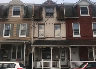 Foreclosed Home in Lebanon 17042 CHESTNUT ST - Property ID: 4408968767