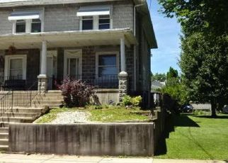 Foreclosed Home in Reading 19605 ARLINGTON ST - Property ID: 4408970516