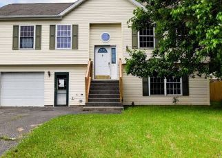Foreclosed Home in Hudson 12534 CHRISTY ST - Property ID: 4409013430