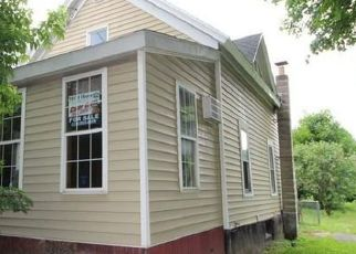 Foreclosed Home in Syracuse 13206 CALEB AVE - Property ID: 4409015176