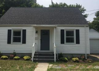 Foreclosed Home in Hamden 06514 WOODIN ST - Property ID: 4409035774