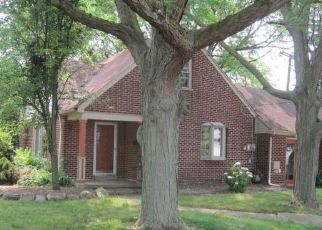 Foreclosed Home in Allen Park 48101 ALLEN RD - Property ID: 4409062483