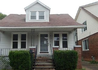 Foreclosed Home in Dearborn 48126 JONATHON ST - Property ID: 4409078244
