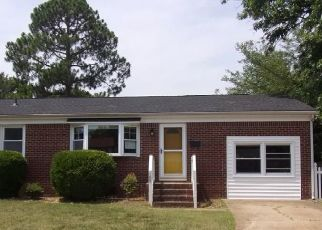 Foreclosed Home in Hampton 23666 HILDA CIR - Property ID: 4409100593