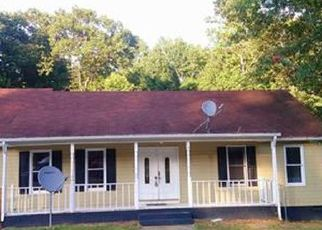 Foreclosed Home in Chesterfield 23832 BALL CYPRESS RD - Property ID: 4409104530
