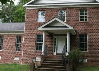 Foreclosed Home in Glen Allen 23059 LAKE SHORE CT - Property ID: 4409105408