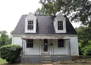 Foreclosed Home in Bedford 24523 LAUREL ST - Property ID: 4409110664