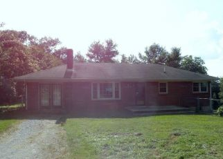 Foreclosed Home in Hurt 24563 SCHOOL RD - Property ID: 4409116353
