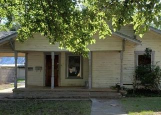 Foreclosed Home in Plainview 79072 DENVER ST - Property ID: 4409132114