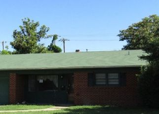 Foreclosed Home in Lubbock 79413 53RD ST - Property ID: 4409144383