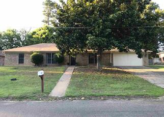 Foreclosed Home in Longview 75604 WAIN DR - Property ID: 4409153586