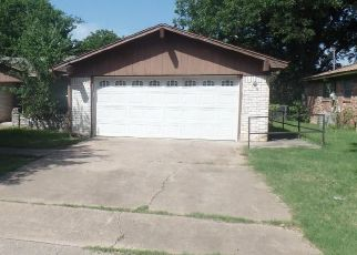 Foreclosed Home in Waco 76705 VICTORIA ST - Property ID: 4409159268