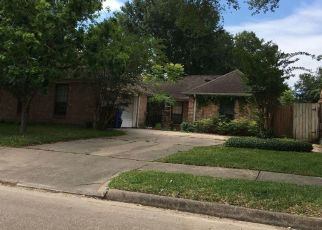 Foreclosed Home in Houston 77088 WOODLAND FOREST DR - Property ID: 4409179423