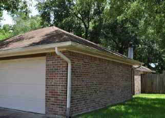 Foreclosed Home in Beaumont 77713 FOREST TRAIL CIR - Property ID: 4409184234