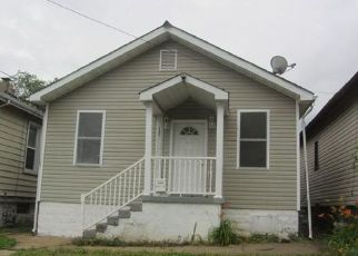 Foreclosed Home in Saint Louis 63125 WACHTEL AVE - Property ID: 4409253889