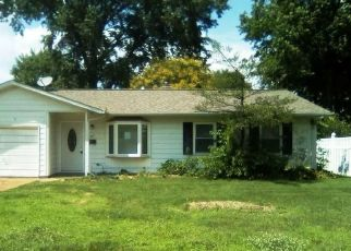 Foreclosed Home in O Fallon 62269 WESTMINSTER AVE - Property ID: 4409263512