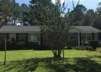 Foreclosed Home in Hopkins 29061 CABIN CREEK BLVD - Property ID: 4409270523