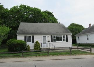Foreclosed Home in Westerly 02891 POND ST - Property ID: 4409272723