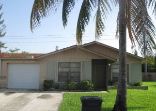 Foreclosed Home in West Palm Beach 33415 LUQUI CT - Property ID: 4409291998