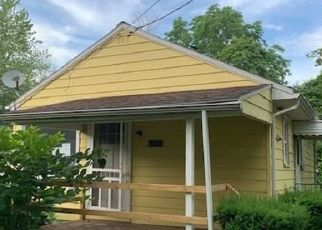 Foreclosed Home in Derby 14047 PUTNAM DR - Property ID: 4409370824