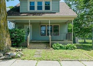 Foreclosed Home in Watertown 13601 S MEADOW ST - Property ID: 4409376512
