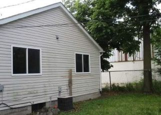 Foreclosed Home in Mount Clemens 48043 MICHIGAN ST - Property ID: 4409491253