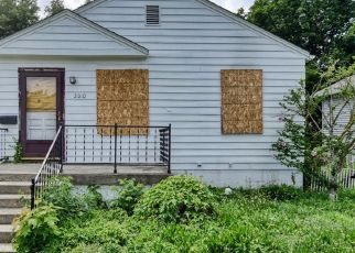Foreclosed Home in Indianapolis 46218 N BANCROFT ST - Property ID: 4409520156