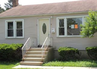 Foreclosed Home in Melrose Park 60164 WEST DR - Property ID: 4409610838