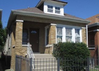 Foreclosed Home in Chicago 60629 S WHIPPLE ST - Property ID: 4409614777