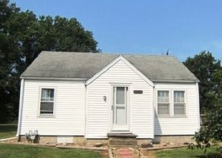 Foreclosed Home in Ramsey 62080 N WASHINGTON ST - Property ID: 4409622209
