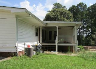 Foreclosed Home in Fayetteville 30215 COUNTY LINE RD - Property ID: 4409662510