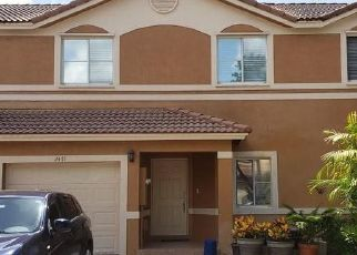 Foreclosed Home in Fort Lauderdale 33322 NW 98TH LN - Property ID: 4409674780
