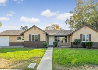 Foreclosed Home in Fresno 93703 E BRENTWOOD AVE - Property ID: 4409720762